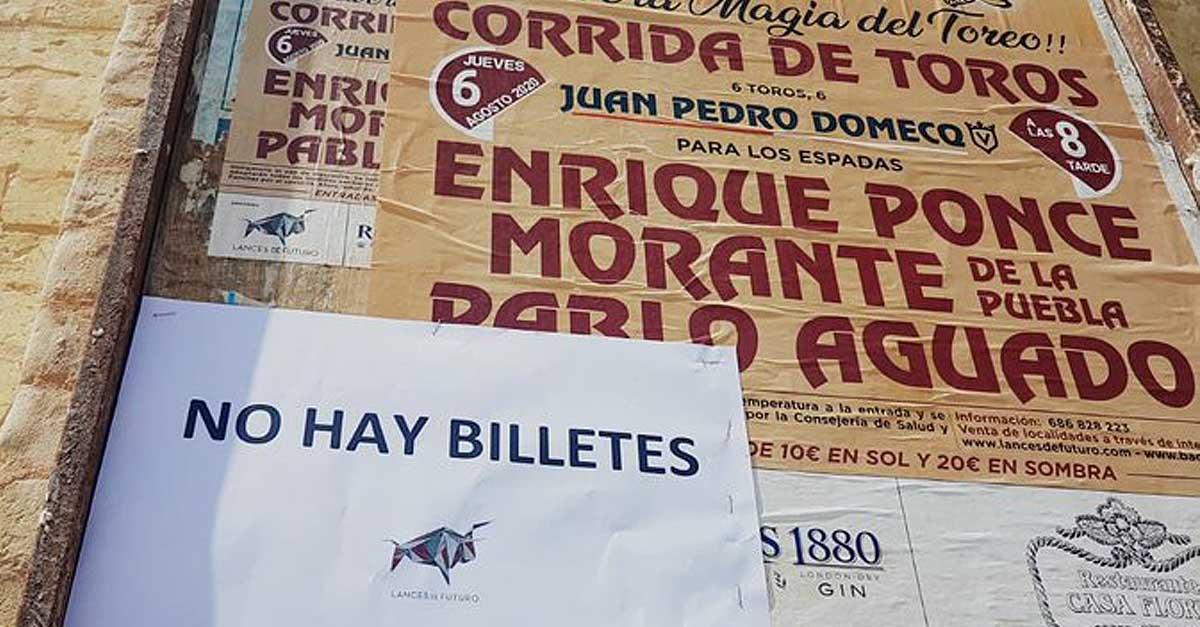 """La Plaza de Toros de El Puerto cuelga el cartel de """"no hay billetes"""" para la corrida por su 140 aniversario"""
