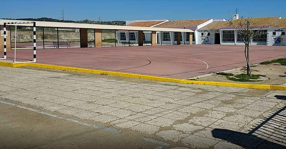 Los colegios de Doña Blanca y Valdelagrana, sin portero mantenedor