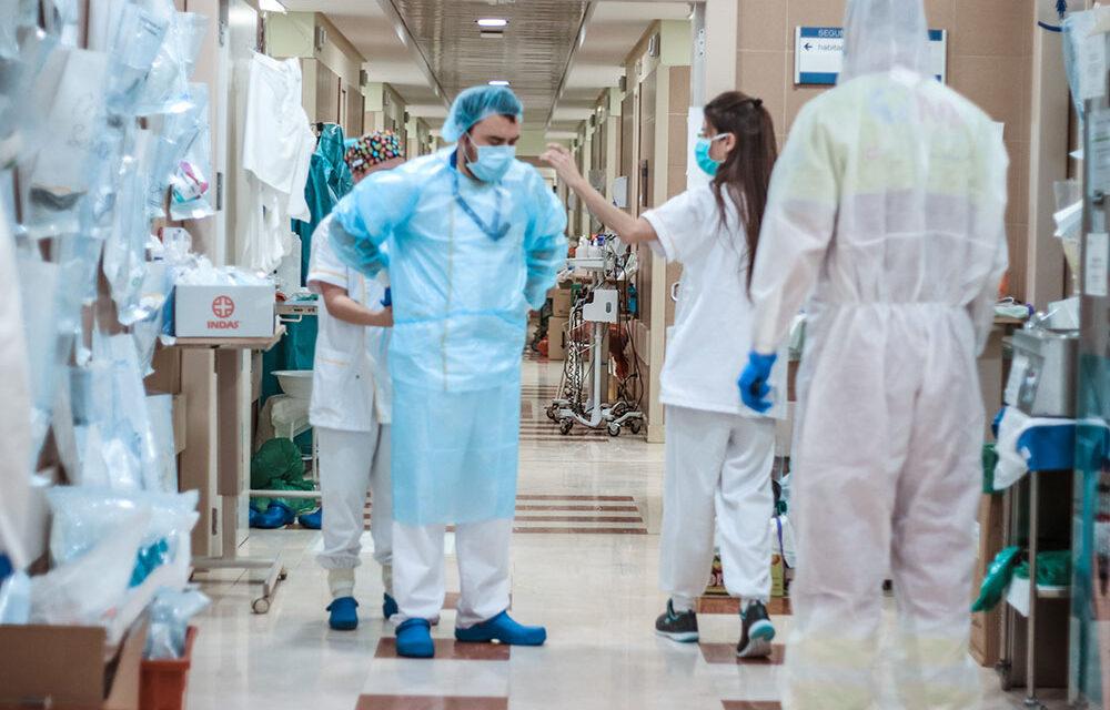Nueve víctimas elevan a 135 los fallecidos por Covid-19 en Andalucía en una semana