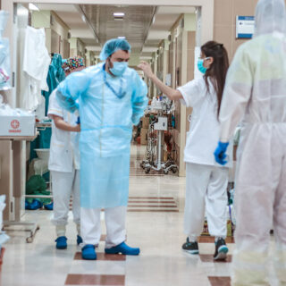 La incidencia baja cuatro puntos en un día con un fallecido y 1.196 contagios