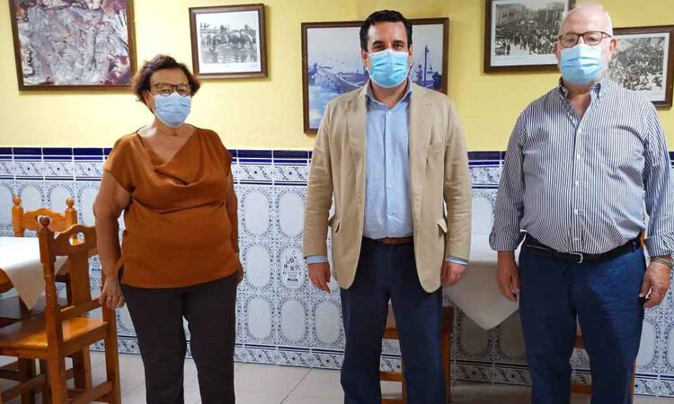 Curro Martínez visita La Dorada con motivo de su 40 aniversario
