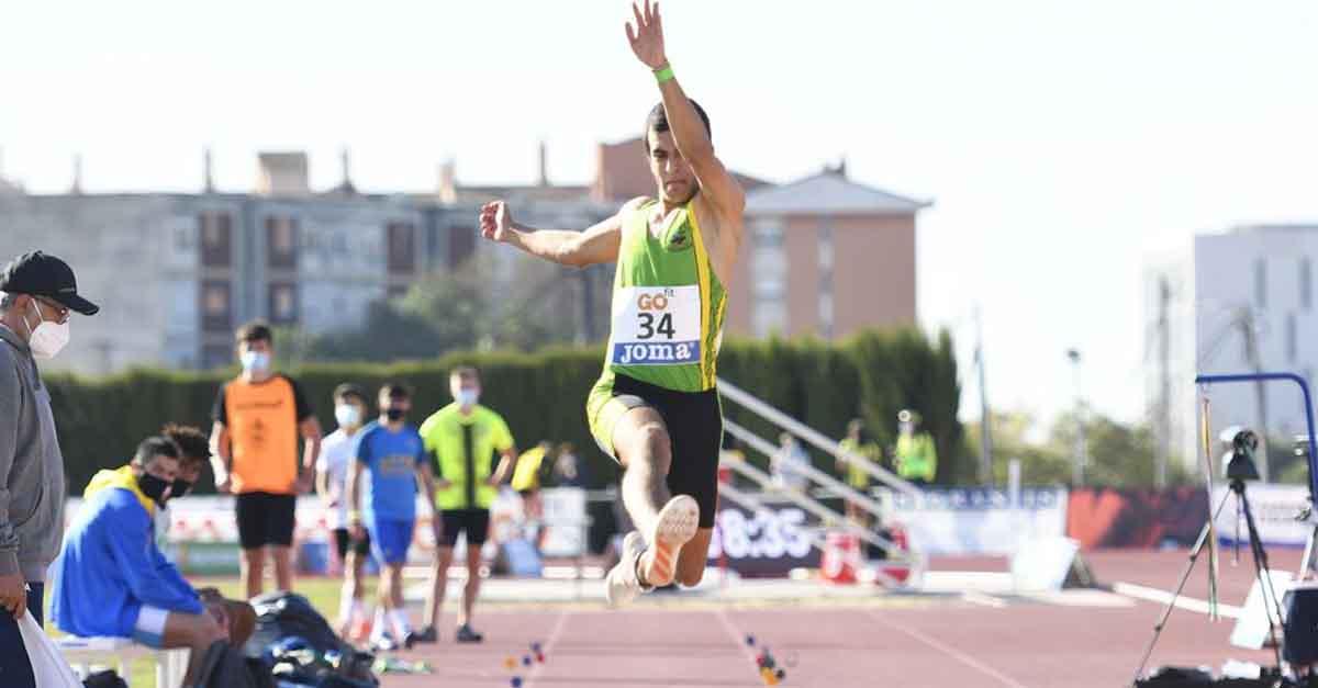 El atleta portuense Enrique Salagre, tercero en el Campeonato de España