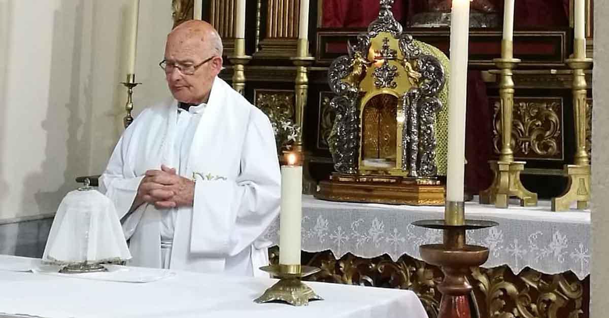 Fallece por Covid-19, Guillermo Camacho, párroco de San Joaquín