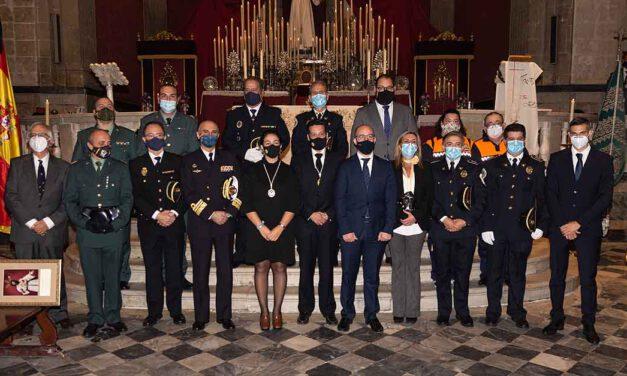 Merecido reconocimiento a la gran labor de los cuerpos de seguridad portuenses