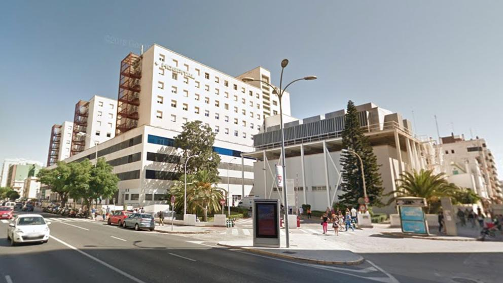 251 nuevos positivos y cuatro fallecidos más en la provincia de Cádiz