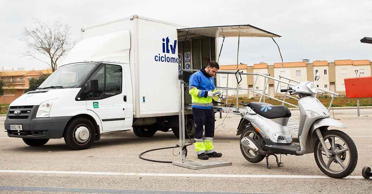 La ITV Móvil para ciclomotores llega a El Puerto en abril, mayo y junio