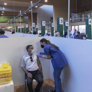 Salud intensificará esta semana captación de mayores de 50 años no vacunados