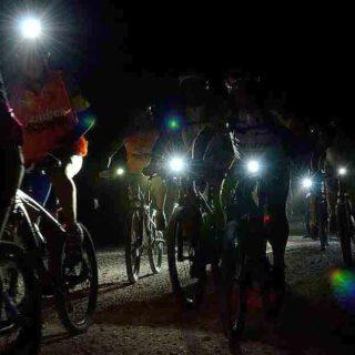 """Nueva ruta guiada nocturna por las """"Lagunas de El Puerto"""" en bicicleta bajo la luna llena"""