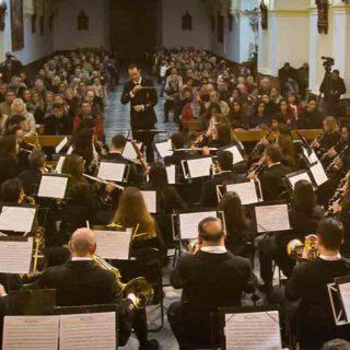 La Maestro Dueñas pondrá el toque musical a la velada de Los Milagros
