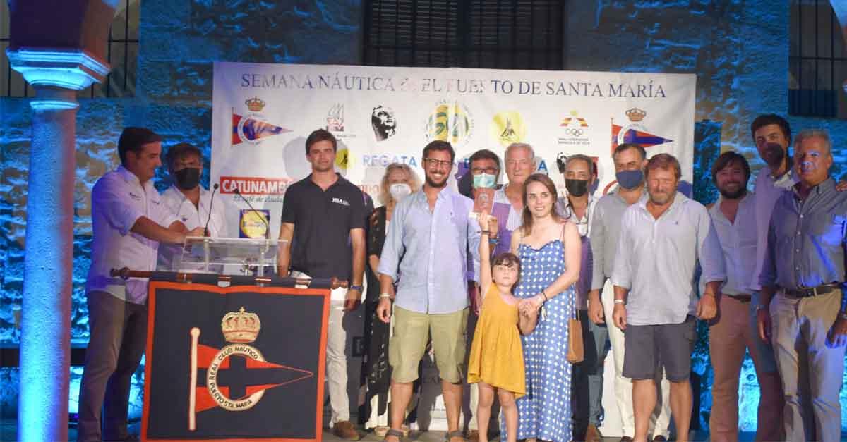 El Castillo de San Marcos fue el inigualable marco de la ceremonia de entrega de trofeos de la 27ª Regata Juan de la Cosa