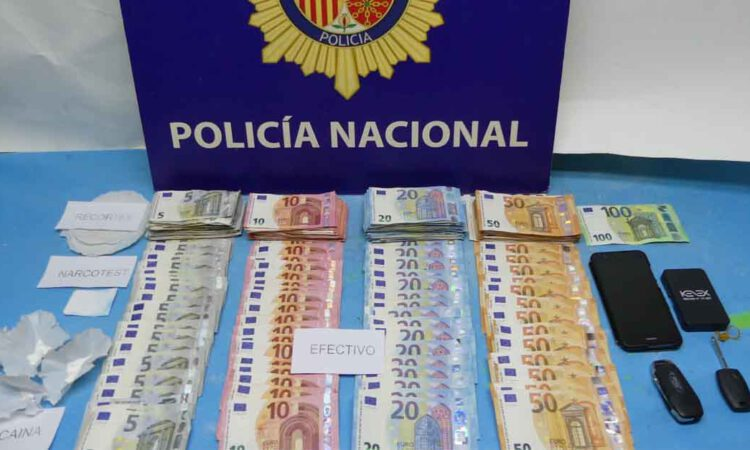 La Policía Nacional desmantela en El Puerto un punto muy activo de venta de droga