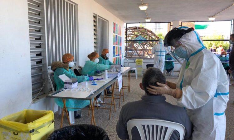 El 78,2% de la población andaluza ya ha recibido las dos dosis de la vacuna