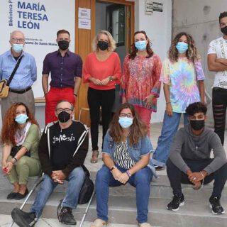 El Puerto acoge la 'Biblioteca Humana', un proyecto para dar voz a las personas que no la tienen