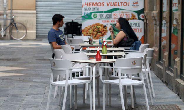 """Salud """"no espera repunte"""" de contagios en el puente del Pilar"""