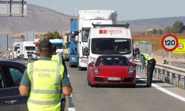 Salud prevé que dos tercios de Andalucía estén sin restricciones el jueves