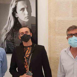 "Inaugurada la exposición ""Juan Carrero 'Costus', Pintura Naif"""